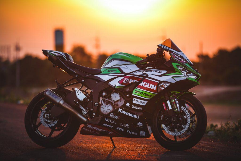 Kawasaki Serwis Mototcykli  - Regeneracja Silnika w Motorach